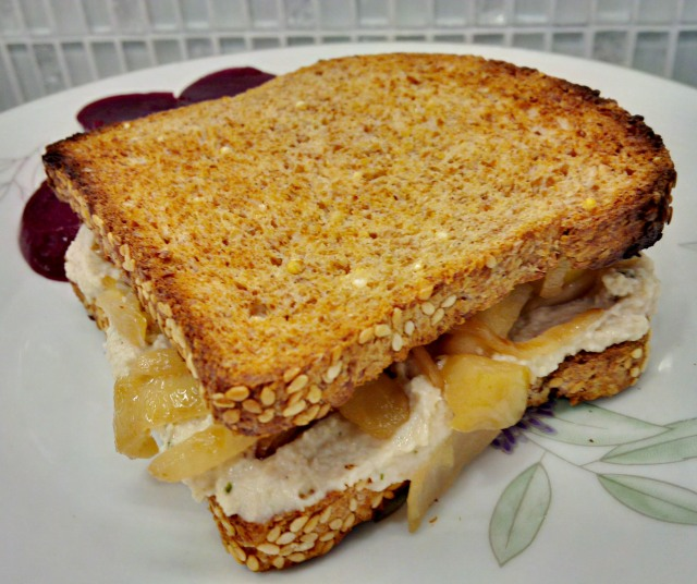 CheeseandOnion.jpg
