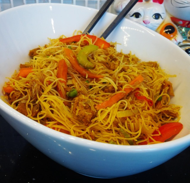 SingaporeNoodles Side Bowl.jpg