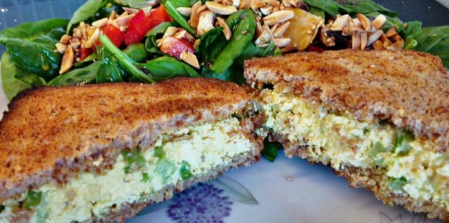 egg salad toast (2).jpg